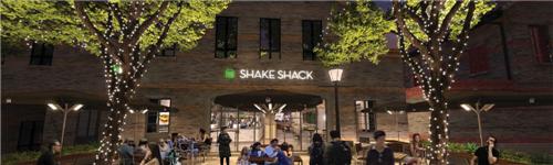 Shake Shack 上海首家店铺将于1月24日在新天地开幕