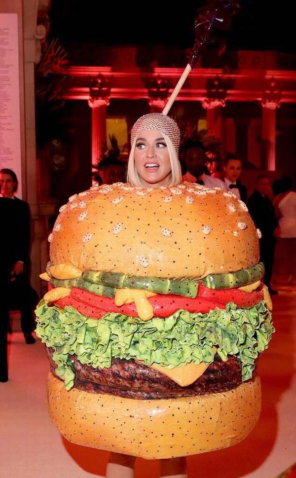 Katy Perry汉堡妆