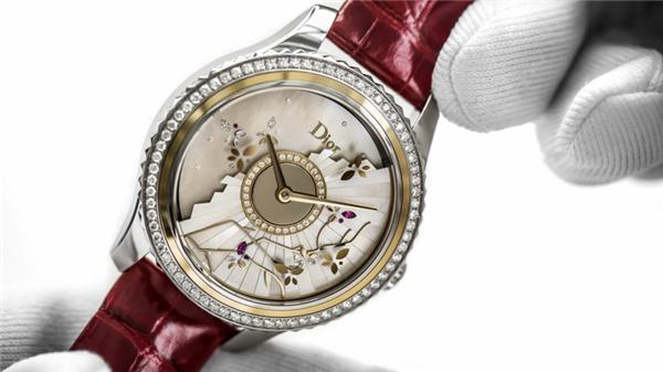 探索Dior Grand Bal系列腕表