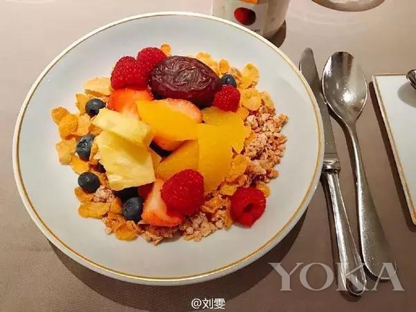 图片来源于刘雯微博