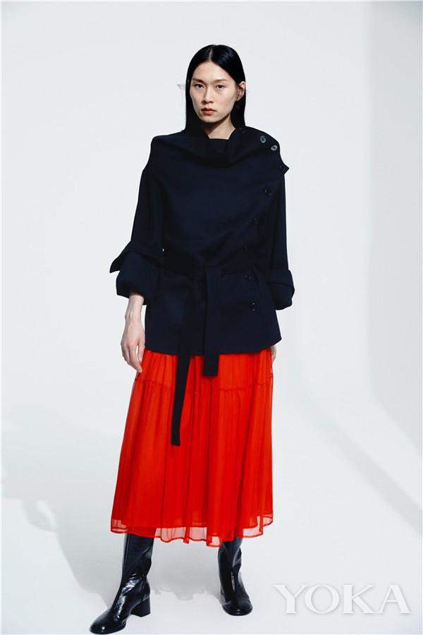单品推荐:ZHANG YUHAO AW21早秋红色单品(图片来源于品牌)