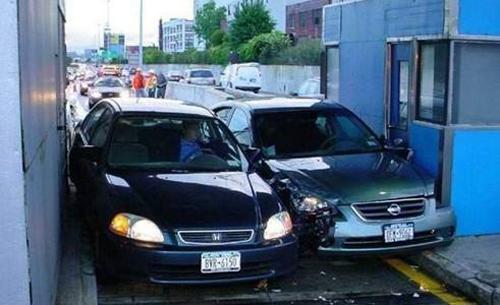 不是我不厚道 而是奇葩车祸太搞笑