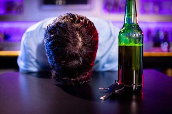 喝斷片兒后要上班,宿醉早晨如何快速醒酒?